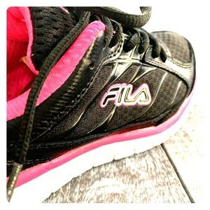 Fila Pink and Black Sneakers